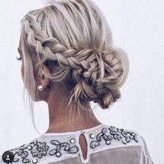 Idée Coiffure : Description Wedding hair - #Coiffure https://madame.tn/beaute/coiffure/idee-coiffure-wedding-hair/