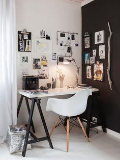 Browse pictures of home office design. Here are our favorite home office ideas that let you work from home. Shared them so you can learn how to work. Home Office Space, Office Workspace, Home Office Design, Home Office Decor, House Design, Office Ideas, Office Designs, Small Office, Desk Space