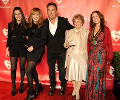 Jessica Springsteen, Patti Scialfa, Bruce Springsteen, Adele Springsteen, And Pamela Springsteen | GRAMMY.com