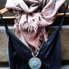 Ya tienes tu vestido lencero? #lingeriedress #night #totallook #outfit #chiaraferragni #barcelona
