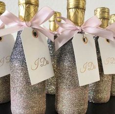 New wedding reception favors mini champagne Ideas Wedding Reception Party Favors, Champagne Wedding Favors, Mini Champagne Bottles, Winter Wedding Favors, Glitter Wedding Invitations, Wedding Bottles, Wedding Favors For Guests, Unique Wedding Favors, Bridal Shower Favors