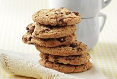 cookies with chocolate drops Cookie Recipes, Dessert Recipes, Food Categories, Cookies, Truffles, How To Stay Healthy, Breakfast Recipes, Biscuits, Oatmeal