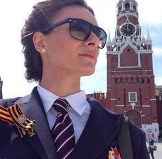 What a combo: Yelena Isinbayeva with nice sunglasses and a military uniform. Badass.