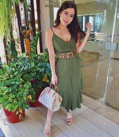 Casual Dress Outfits, Summer Fashion Outfits, Classic Outfits, Night Outfits, Chic Outfits, Spring Summer Fashion, Trendy Outfits, Date Cafe, Look Office