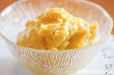 Hjemmelaget vaniljekrem er nydelig til gjærbakst og som fyll i kaker.