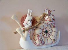 escargot en tissu-bohême-shabby chic-romantique-décoration maison : Accessoires de maison par troglodyte-mignon