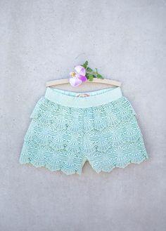This Green Meadow Crochet Shorts - Toddler & Girls by Joyfolie is perfect! Crochet Shorts, Lace Shorts, Toddler Fashion, Girl Fashion, Bohemian Kids, Boho, Baby Girl Closet, Girl Bottoms, Petite Outfits