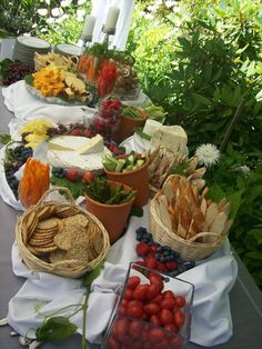 Outdoor Buffet Table Settings - WoodWorking Projects & Plans