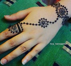 125 Stunning Yet Simple Mehndi Designs For Beginners – Henna Henna Designs For Kids, Henna Tattoo Designs Simple, Finger Henna Designs, Mehndi Designs For Beginners, Mehndi Designs For Fingers, Latest Mehndi Designs, Mehndi Design Images, Mehandi Designs, Simple Mehndi Patterns