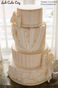 Salt Cake City's Les Miserables inspired Wedding Cake