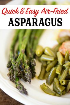 Quick and easy Air-Fried Asparagus. Just a few minutes and you can have a tasty side of asparagus with little effort and easy cleanup. Air Fry Recipes, Air Fryer Recipes Easy, Side Dish Recipes, Side Dishes, Oven Recipes, Steak Recipes, Cooker Recipes, Asparagus Fries, Asparagus Recipe