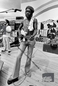 *Peter Tosh* Sound check at Reggae Sunsplash, 1978. More fantastic pictures and videos of *The Wailers* on: https://de.pinterest.com/ReggaeHeart/ ©Adrian Boot/ urbanimage.tv