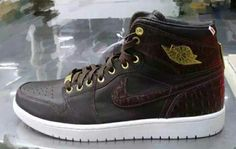 Nike pinnacle croc