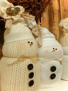 If you're like me, you've used sweaters from Goodwill in all sorts of crafting...creating pumpkins, stockings, sleeves for vases and more. But I have another sw…
