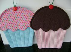 Cupcake potholders... I need to make some more of these