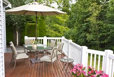 5 Steps to Restaining Your Deck