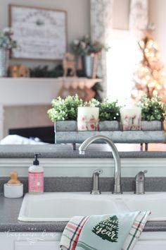 Adorable Farmhouse Christmas Kitchen ... and a real life tale of how this blogger balances motherhood and photo shoots.