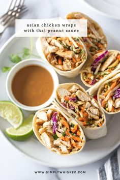 These Asian chicken wraps with peanut sauce are an easy and healthy lunch. Tortillas filled with chicken, crunch coleslaw and peanuts with a spicy, tangy peanut sauce. mittagessen Asian Chicken Wraps with Peanut Sauce - Simply Whisked Asian Chicken Wraps, Healthy Chicken Wraps, Healthy Recipes With Chicken, Chicken Lunch Recipes, Healthy Wraps, Veggie Wraps, Dinner Recipes, Meals With Chicken, Grilled Chicken Wraps