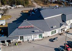 Jopa legendaksi muodostunut Juustoportti Jalasjärvi palvelee kolmostien varrella. Meiltä löydät syötävää, juustoja ja tuliaisia. Tervetuloa!
