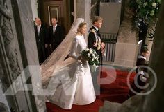 The Royal Order of Sartorial Splendor: Top 10 Best Royal Wedding Dresses: #4. HRH Princess Maxima