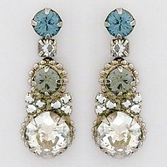 Discover Sorrelli Pewter Collection at Perfect Details.  Vintage inspired crystal earrings.  Fabulous for brides & bridesmaids, as well as nights out & formal affairs.  Create your own glamour with Sorrelli earrings.