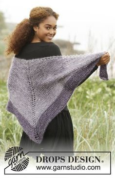 """Get the Point / DROPS - Knitted DROPS shawl in garter st, worked top down in 4 strands """"Kid-Silk"""". - Free pattern by DROPS Design Knitting Patterns Free, Knit Patterns, Free Knitting, Free Pattern, Drops Design, Prayer Shawl Patterns, Outlander Knitting, Knitting Accessories, Knitted Shawls"""