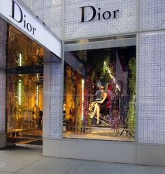 Learn about and see many of New York City's beautiful store windows on the WindowsWear walking tour.