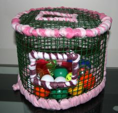 Mesh Ball Pit Playground for rats Ferret Toys, Pet Rats, Pets, Chinchilla Toys, Sugar Glider Baby, Sugar Gliders, Diy Rat Toys, Rat Cage, Sugar Bears