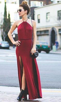 Look Dia dos Namorados: Vestido Longo Bordô
