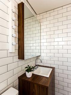 Ideia Movel Banheiro ( só que em cor mais clara, madeira natural)