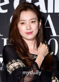 Celebrity Travel, Celebrity Photos, Han Hyo Joo Fashion, Instyle Magazine, Cosmopolitan Magazine, Kim Woo Bin, Jessica Jung, Bae Suzy, Flower Boys