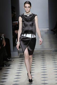 Balenciaga Fall 2008 Ready-to-Wear Collection Photos - Vogue