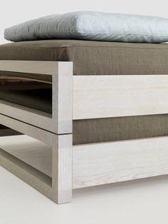 GUEST bed in white (detail) by Hertel & Klarhoefer for Zeitraum