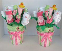 ideen für die babyparty strauss babysocken geschenk gruen rosa