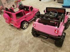 Look at these magnificent toy cars for little girls. Let us assemble all your new toys!