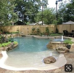Pools Beach Entry Swimming Pool Ideen: faszinierende Designs zu stehlen And To All A Goodnight! Zero Entry Pool, Beach Entry Pool, Backyard Beach, Backyard Pool Landscaping, Backyard Pool Designs, Small Backyard Pools, Swimming Pools Backyard, Swimming Pool Designs, Beach Pool