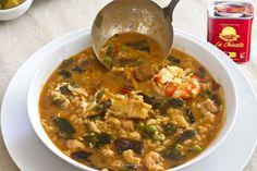 "This ""Mushroom Rice in broth"" recipe comes from Paloa Alós Matarredona from El Tercer Brazo food blog and participates in our IV International Smoked Paprika Powder ""La Chinata"" Contest. The main ingredients garlic, olive oil, wakame alga, prawns"