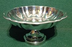 Vintage Silver Plate Oneida Canada Pedestal Nut / Bon Bon Dish - x Pedestal, Vintage Silver, Punch Bowls, Serving Bowls, Silver Plate, Decorative Bowls, Dish, Canada, Ebay