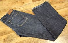 Men's TOMMY HILFIGER WOODY PANT RAW WORN Jeans W31 L34 #TommyHilfiger #ClassicFitStraight Vintage Jeans, Woody, Tommy Hilfiger, Classic, Fitness, Ebay, Clothes, Fashion, Derby