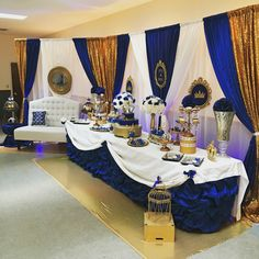 Royal blue and gold shower decorations showers ideas by x pixels Baby Shower Azul, Boy Baby Shower Themes, Baby Shower Gender Reveal, Baby Shower Parties, Baby Boy Shower, Baby Shower Gifts, Royal Baby Shower Theme, Baby Showers, Decoration Evenementielle