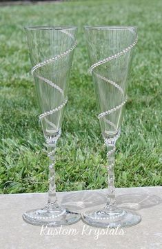 Swarovski Crystal embellished Trumpet Flutes toasting flutes, toasting glasses, champagne flutes with krystalized SPIRAL design. Wedding Toasting Glasses, Wedding Flutes, Champagne Glasses, Toasting Flutes, Decorated Wine Glasses, Painted Wine Glasses, Wine Glass Crafts, Bottle Crafts, Diy Glasses