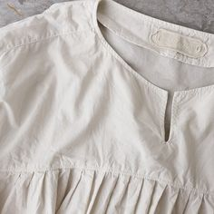 Vanamo - CLOTHINGShirts & Blouses - Envelope is a unique online shopping mall made up of a few independent shops from all around Japan.