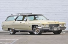 1972 Cadillac Custom DeVille Station Wagon (owned by Elvis)