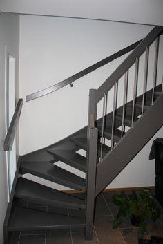 Bilderesultat for grå trapp