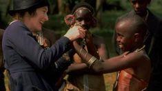 Meryl Streep. Memorias de África. #movies #merystreep #memoriasdeafrica #africa #women #writer #isaakdinesen #denmark Francis Kere, Meryl Streep, Official Trailer, Cinema, Wrestling, Couple Photos, Couples, Sports, Corrugated Metal Roofing