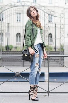 40 Amazing Baggy Jeans Outfit Ideas   StyleCaster