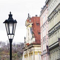 Tänään on kierrelry kiitettävästi Prahaa A long day in Prague . . . #prague#prqha#urban#kaupunkinäkymä#arkkitehtuuri#kaupunki#pastellivärit#matka#matkalla#kaupunkiloma#nelkytplusblogit#traveltheworld#traveller#urban#city#architecture#cityscape#travel