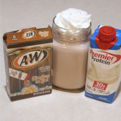 Premier Protein Shakes, Best Protein Shakes, Keto Shakes, Protein Coffee Shake, Atkins Shakes, Protein Smoothie Recipes, Protein Foods, Pureed Food Recipes, Ww Recipes