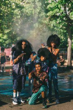www.cewax.fr aime ce look afropunk, ethno tendance, style ethnique. Dans le même style, visitez la boutique de CéWax : cewax.alittlemark... #Africanfashion, #ethnotendance -Afropunk festival (NY 2015) by photographer Driely S.