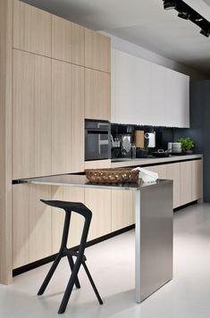 #Kitchen with sliding table Fly_04 | Elmar Cucine